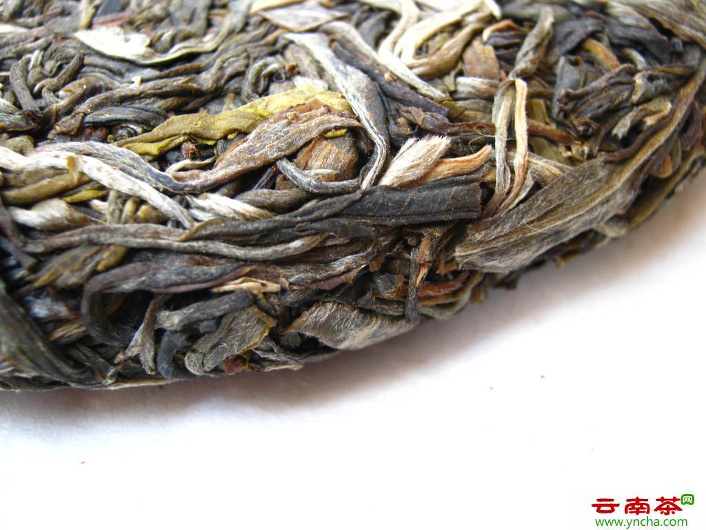 如何选择适合自己的普洱茶?生茶好还是熟茶更好