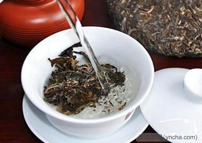 普洱茶洗茶方法.jpg