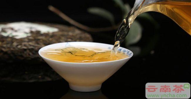 冲泡普洱茶的水温火候.jpg